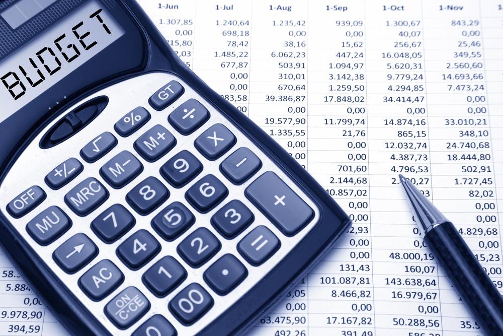 Statul pierde un miliard de lei din contributia pensionarilor